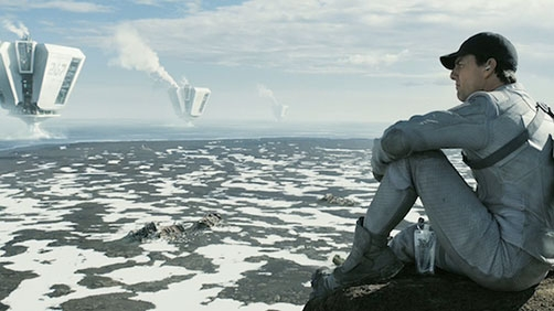 Two 'Oblivion' Featurettes