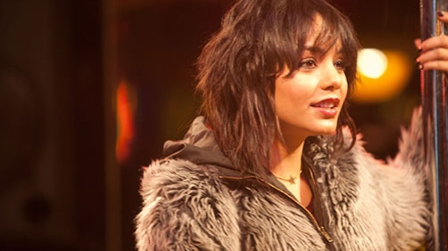 "Hudgens ""Wanted To Play Prostitute"" & 'Frozen Ground' Trailer"