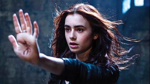 'The Mortal Instruments: City of Bones' - 5 Minute Clip