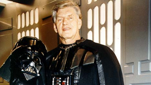 David Prowse Does Not Like the Prequels