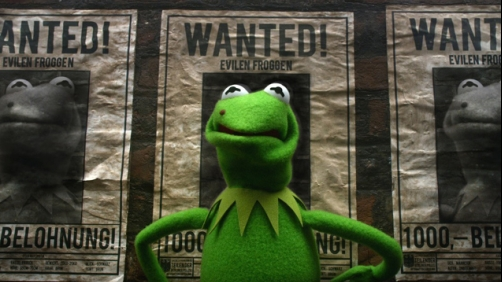 Kermit Tries to Break Out Of Prison — 'Muppets Most Wanted' Clip
