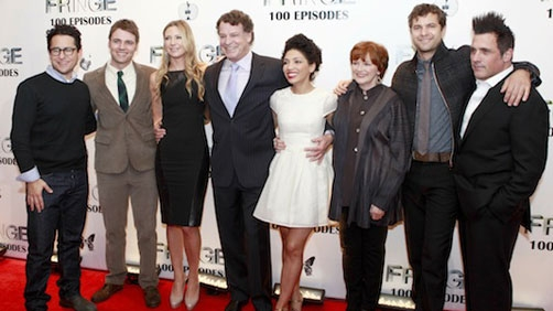 "'Fringe' Stars Tease ""Mind-Blowingly Good"" Finale"